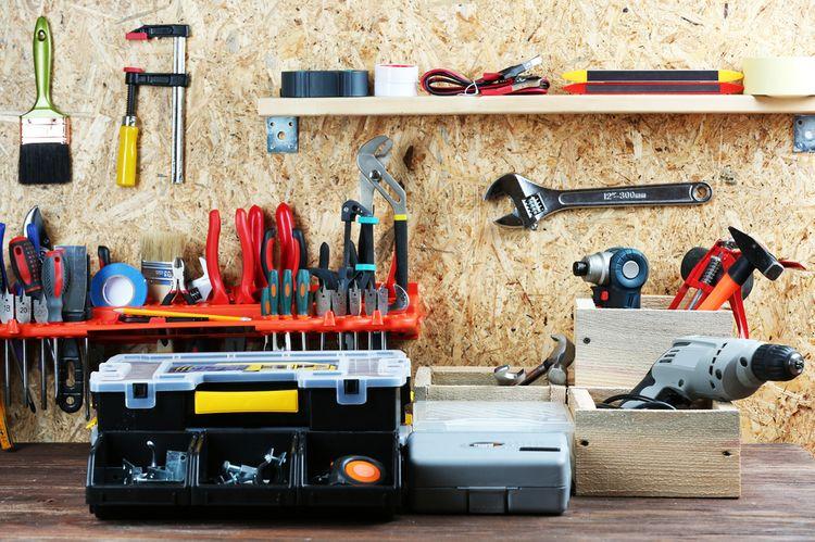 Jaké nářadí do domácí dílny? Vyzkoušejte akumulátorové a elektrické profi nářadí