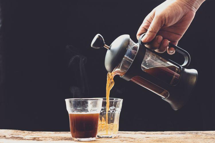 Způsoby přípravy kávy a čaje ve french press kávovaru – vhodná káva, čaj, cena