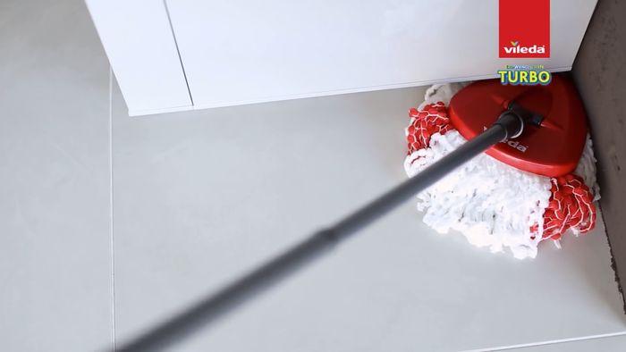 Trojúhelníkový mop Vileda Easy Wring & Clean Turbo
