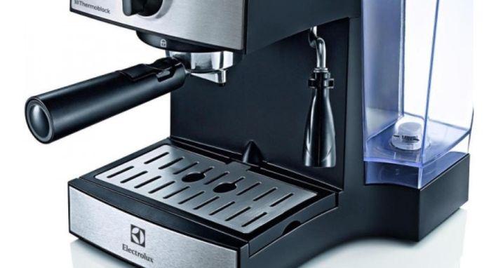 Pákový kávovar Electrolux EEA 111 recenze