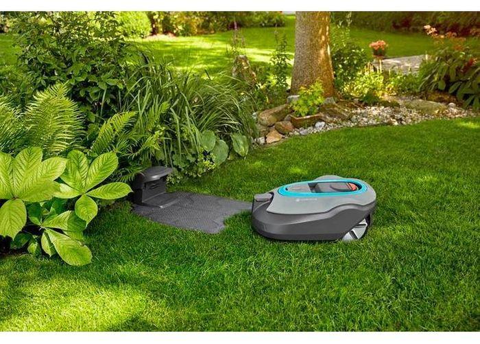 Robotická sekačka Gardena Silent + 2000 Smart recenze