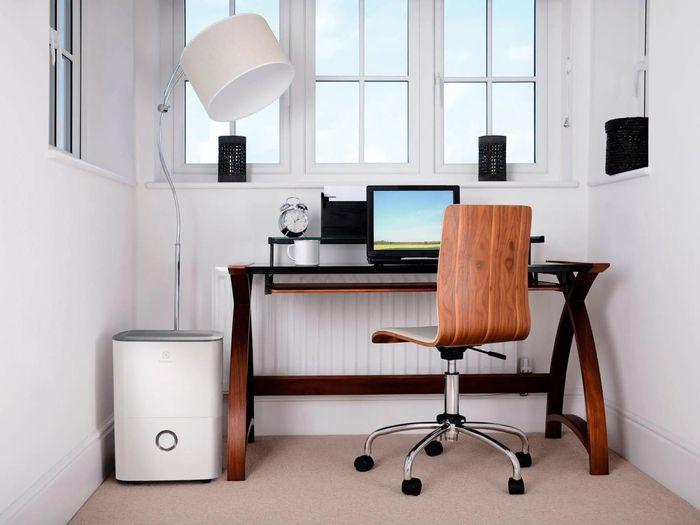 Odvlhčovač vzduchu Electrolux EXD16DN4W recenze