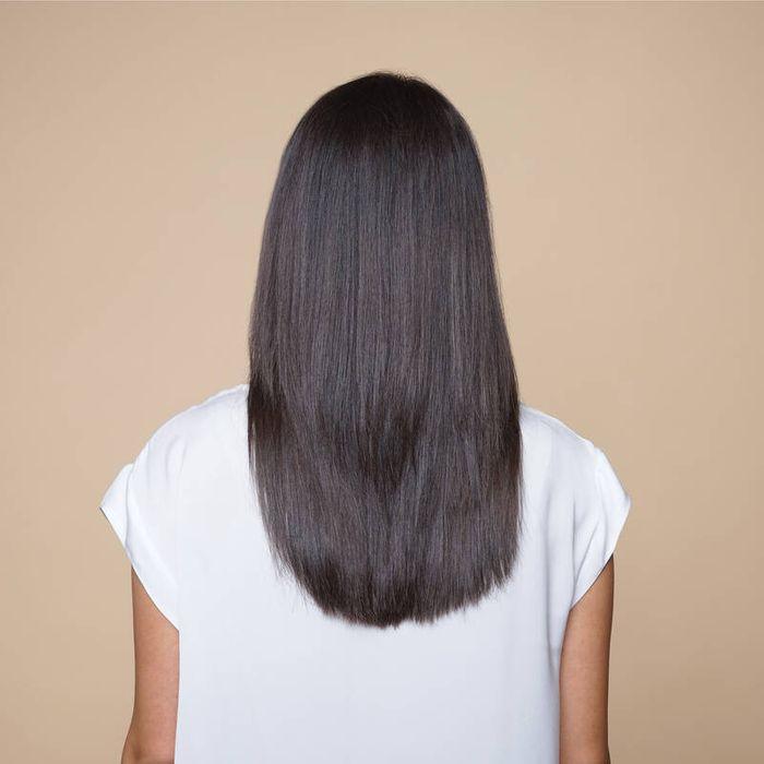 Vlasy vyžehlené žehlícím kartáčem Bellissima 11539 MY PRO PB11 100