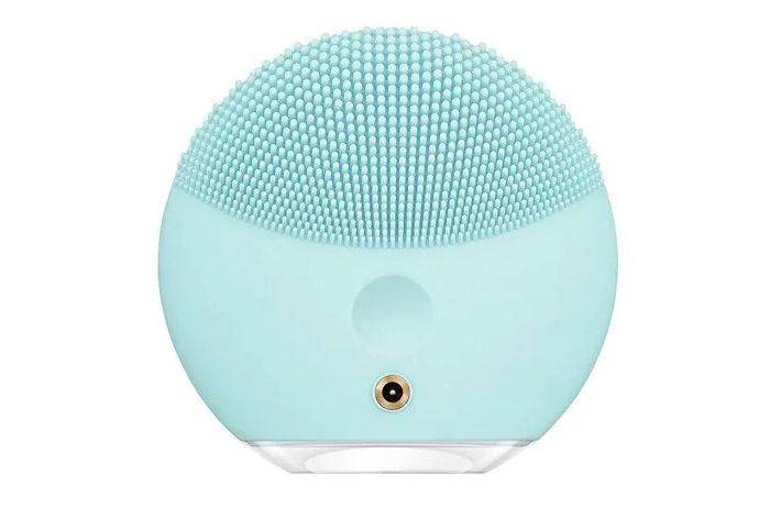 Modrý čistící kartáček na obličej Foreo Luna mini 3