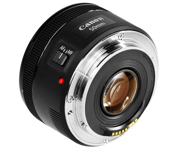 Objektiv Canon EF 50mm f/1.8 STM recenze