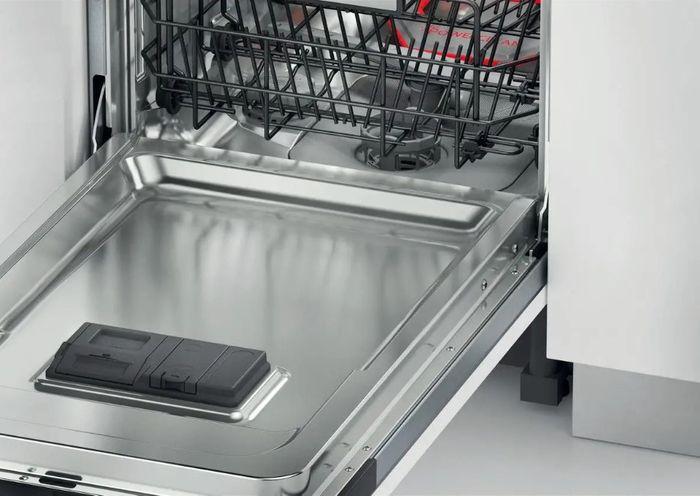 Myčka nádobí Whirlpool WSIC 3M27 C recenze