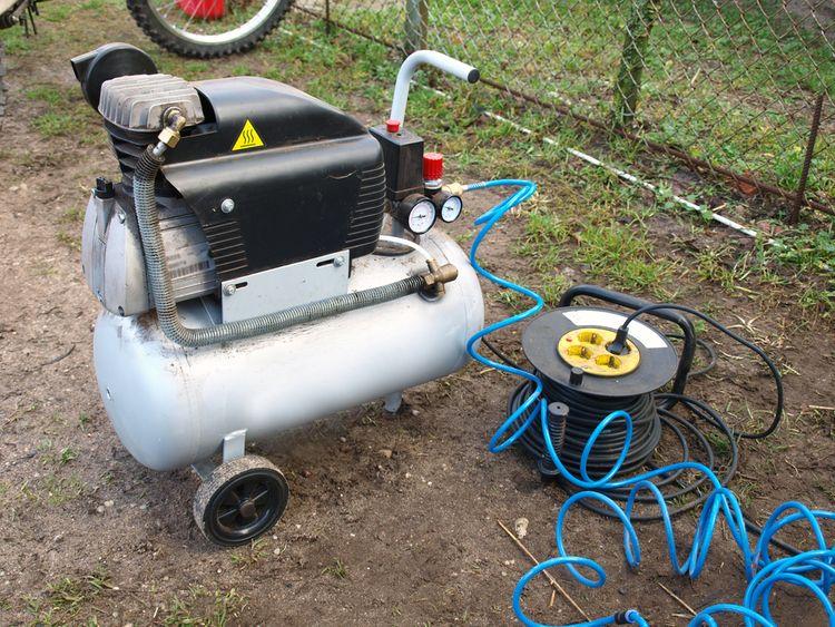 Přenosný vzduchový kompresor