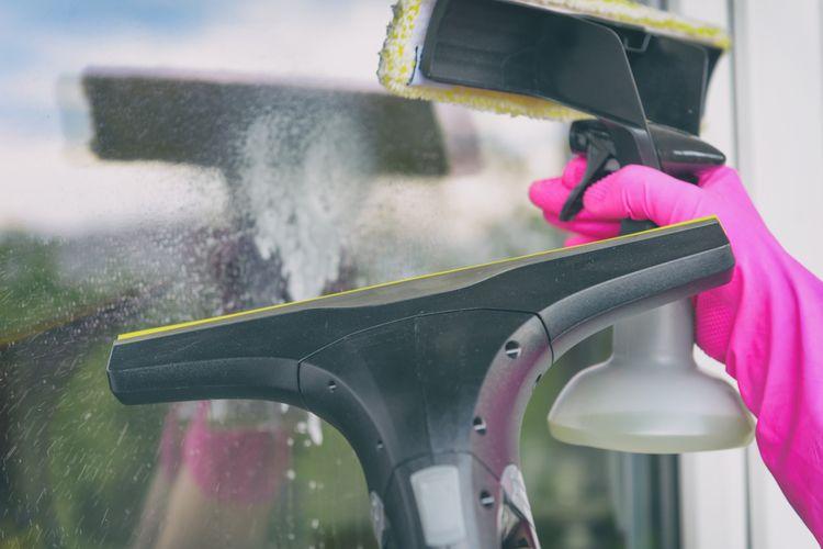Rozprašovač a ruční čistič oken - objem nádržky