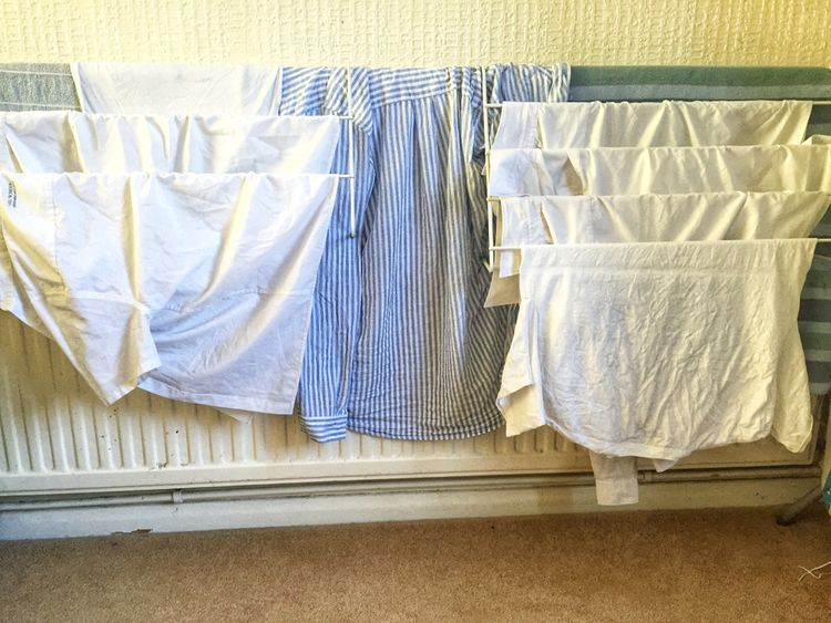 Radiátorový sušák na prádlo