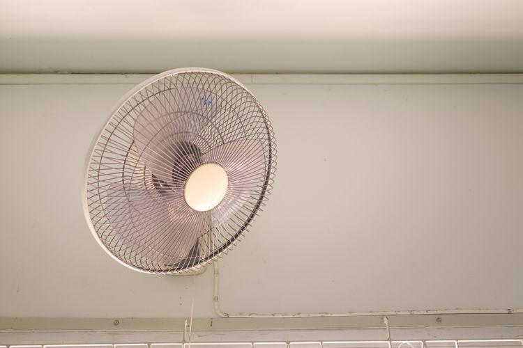 Nástěnný ventilátor