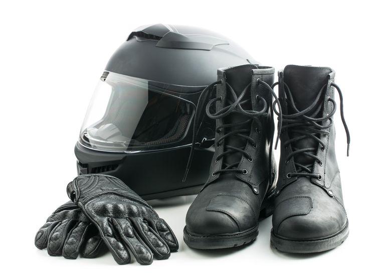 Helma, rukavice a moto boty