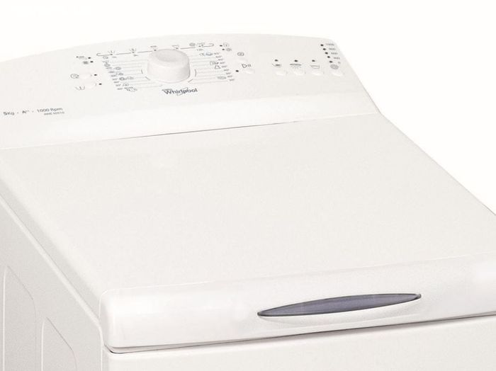 Bílá pračka Whirlpool AWE 50510