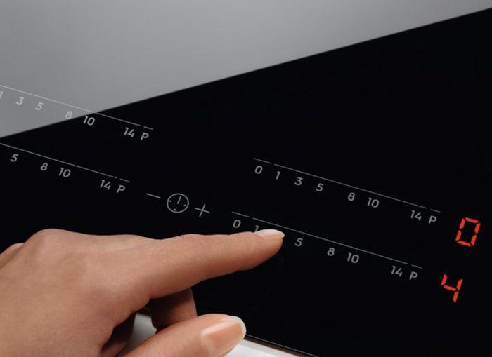 Electrolux EIV634 dotykové ovládání