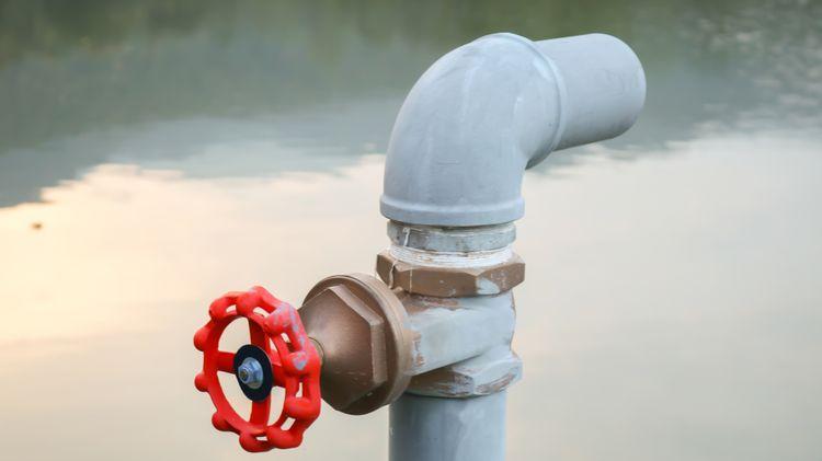Vodní čerpadlo přípojka na hadici