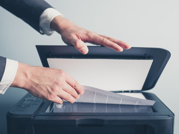 Stolní skener