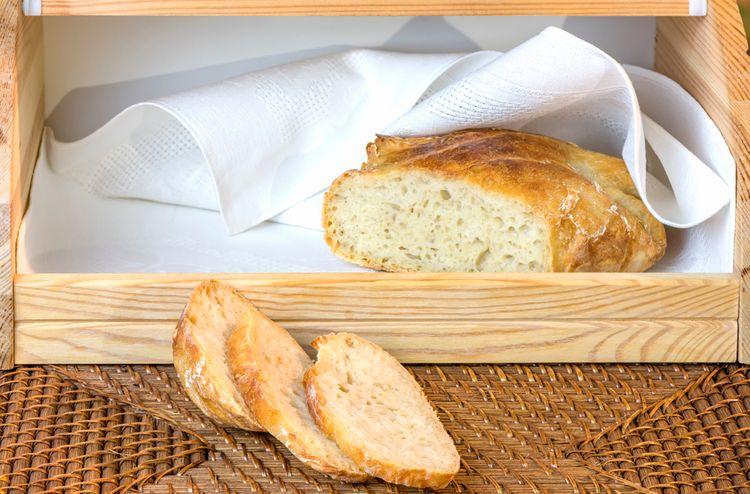 Chléb vydrží déle než ostatní pečivo
