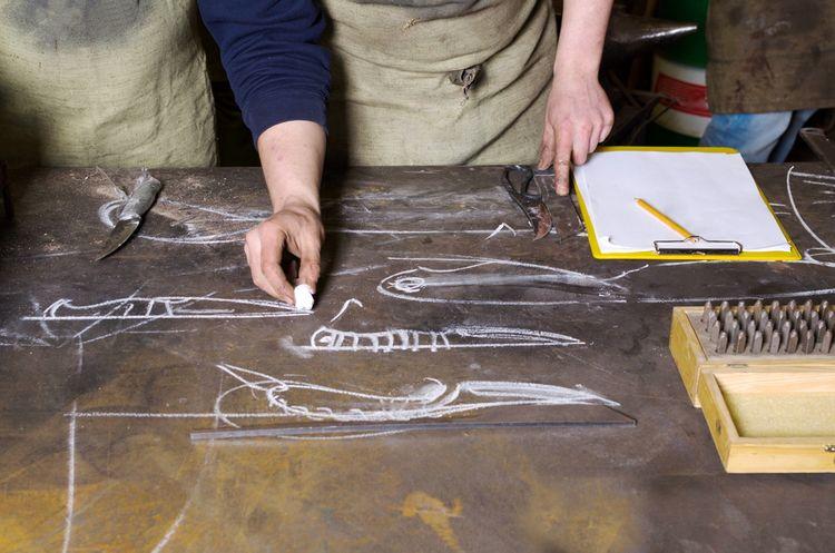 Návrh designu kovaného nože
