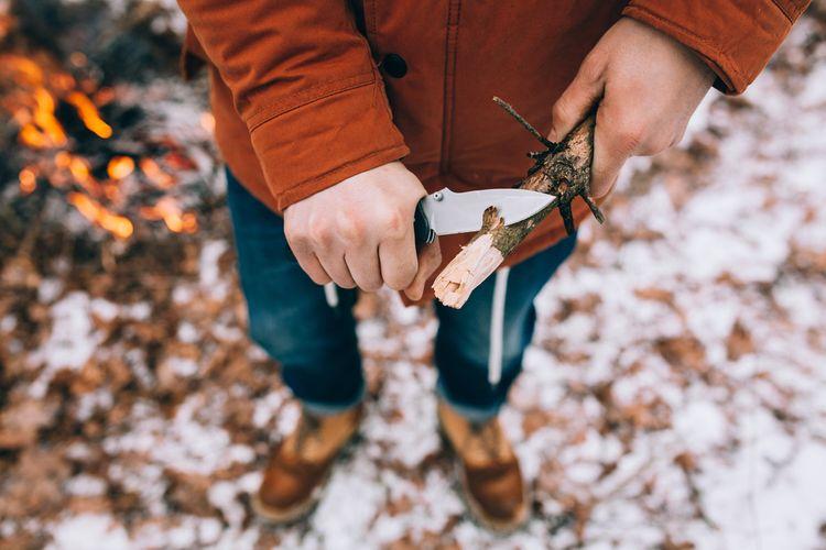 Opracovávání dřeva kapesním nožem