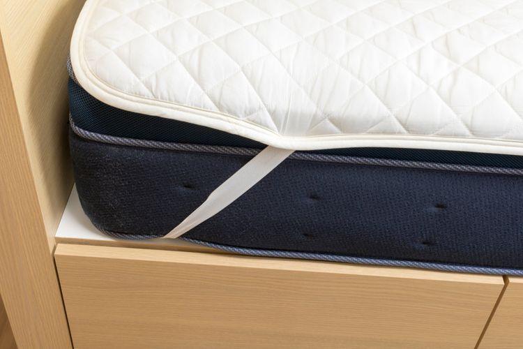 Nepropustný chránič na matraci s gumičkami