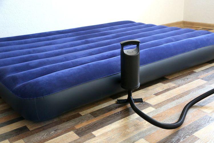 Jak vybrat nafukovací postel?