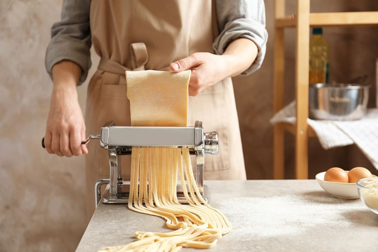 Mechanický strojek na těstoviny