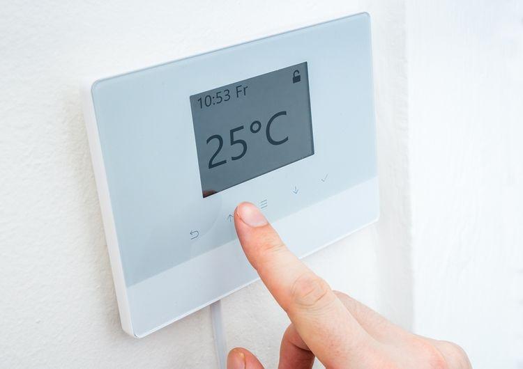 Standardní drátový termostat