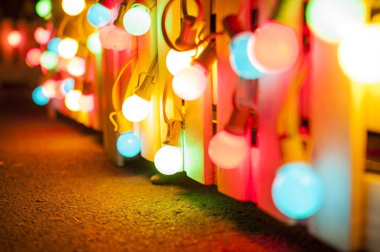 Barva světla žárovky