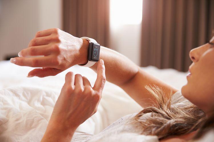 Buzení pomocí inteligentních hodinek