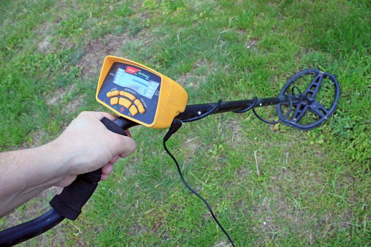 Digitální hobby detektor kovů
