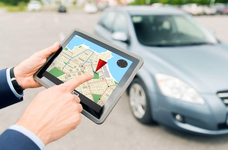 Přenosná GPS do auta