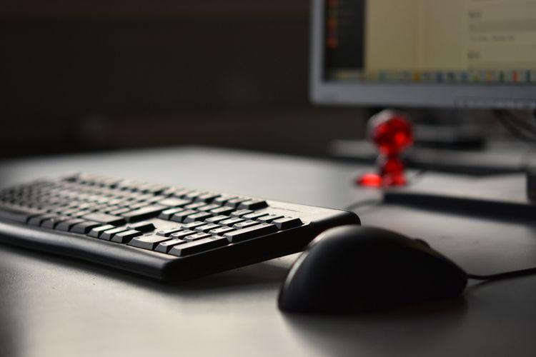 Drátová myš k počítači