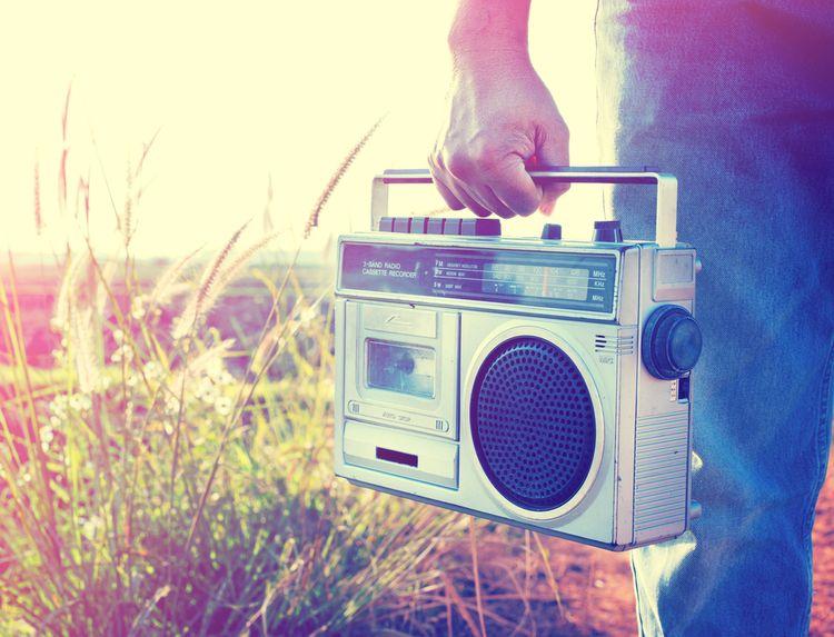 Radiomagnetofon na baterie