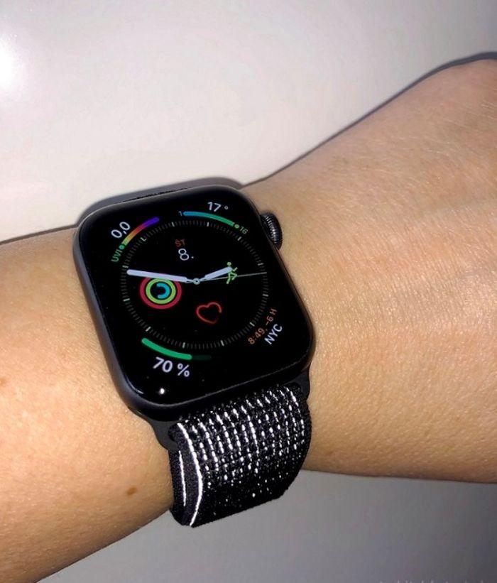 Reflexní náramek Apple Watch Series 4 Nike+