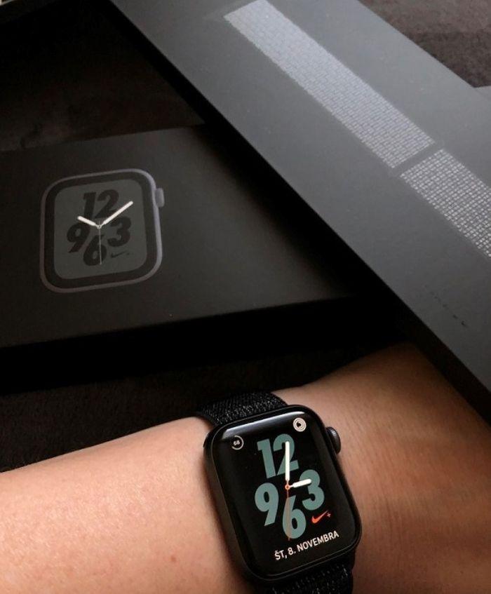 Hodinky Apple Watch Series 4 Nike+