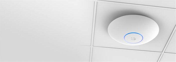 WiFi extender Ubiquiti UAP-AC-LR