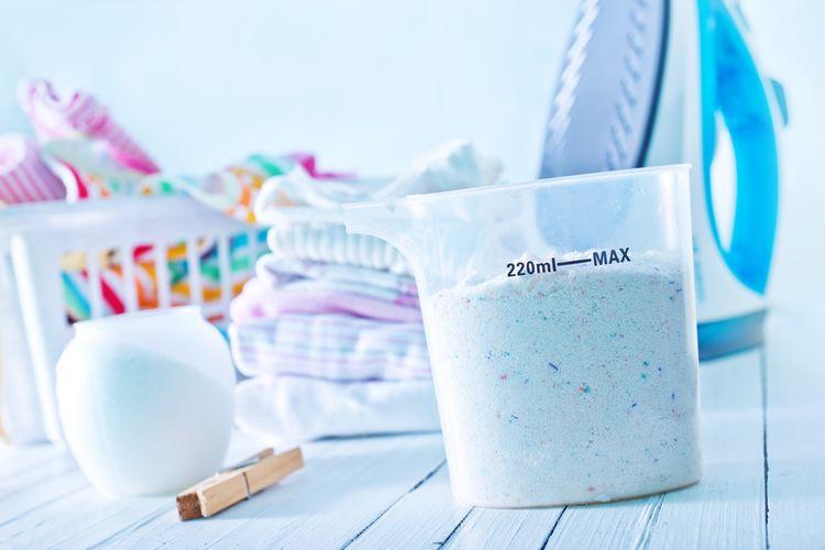Jak vybrat nejlepší prášek na praní pro děti a dospělé? Recenze chválí Ariel a Persil