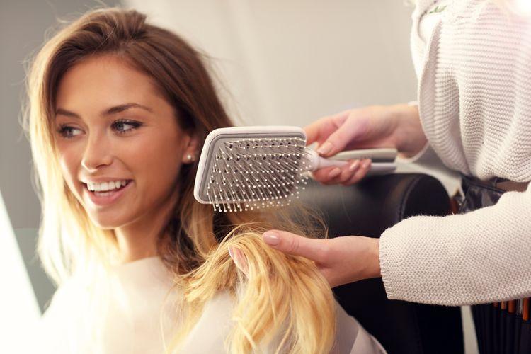 Jak vybrat žehlicí kartáč na vlasy?