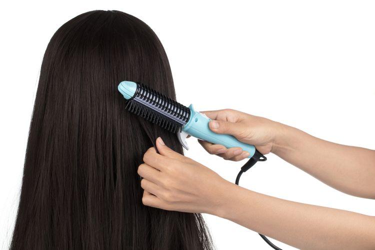 Jak správně používat žehlicí kartáč na vlasy?
