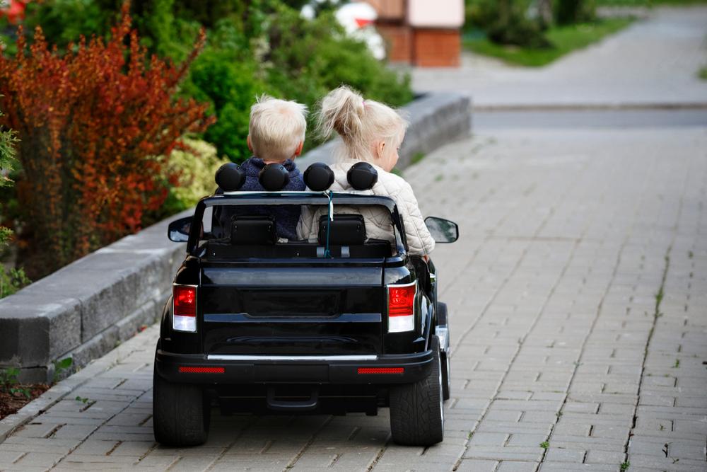 Elektrické autíčko pro 2 děti