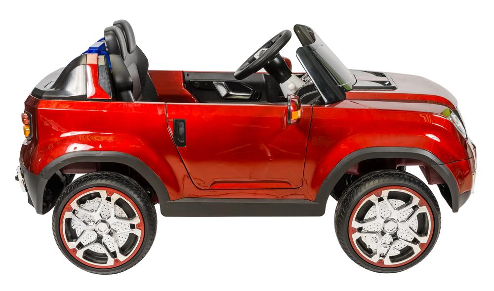 Červené terénní elektrické autíčko