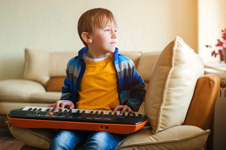 Elektronické klávesy jako interaktívní hračka