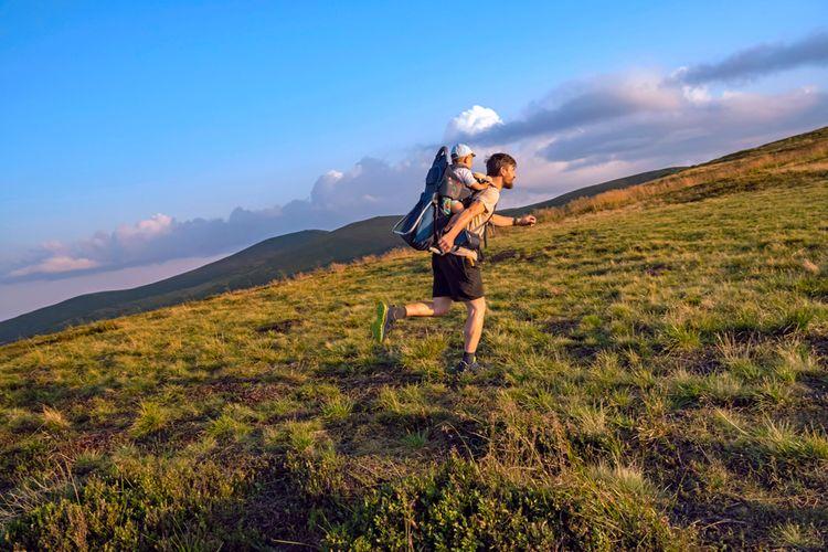Běh s dětským turistickým nosičem