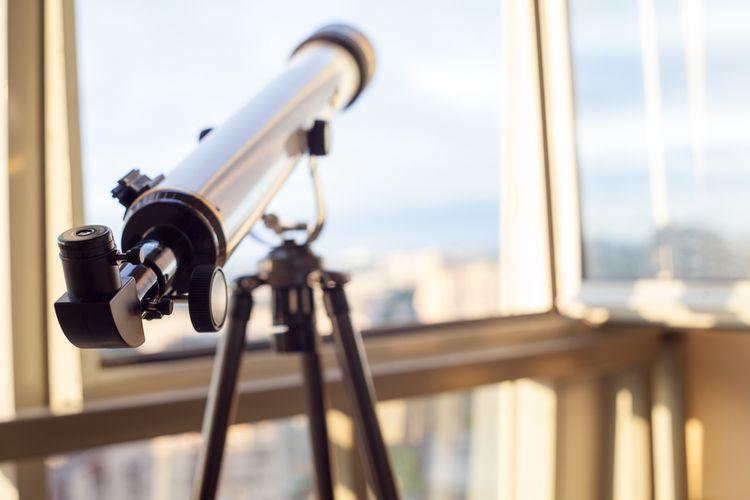 Hvězdářský dalekohled v bytě