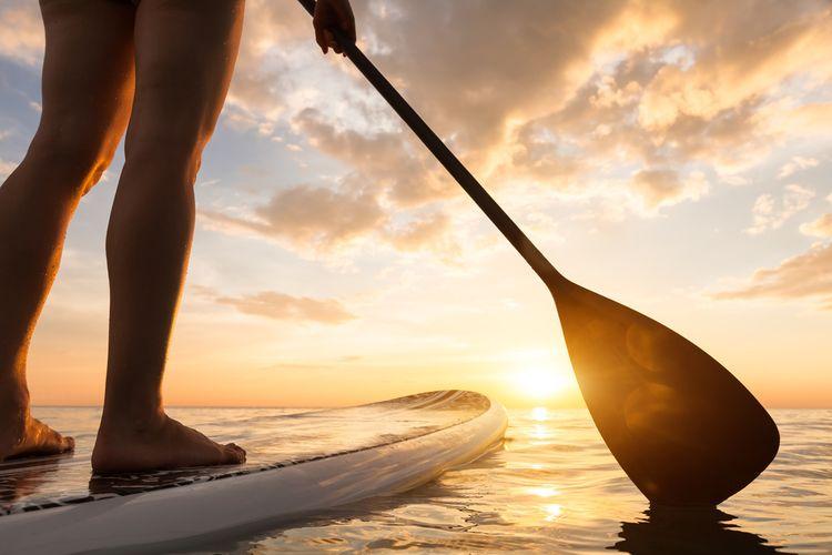 Paddleboard s pádlem