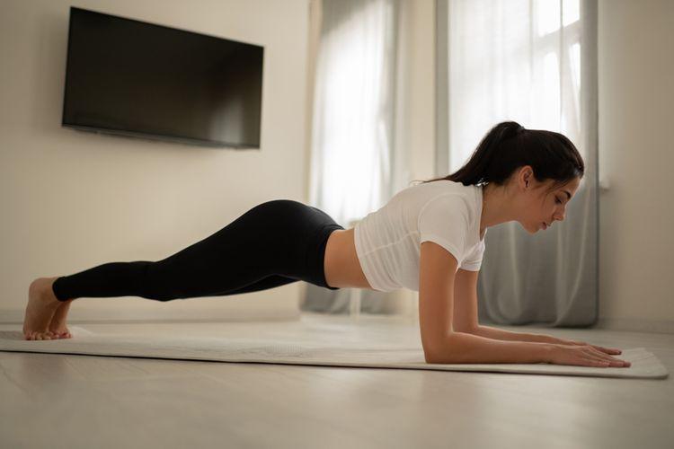 Cvičení na fitness podložce– plank