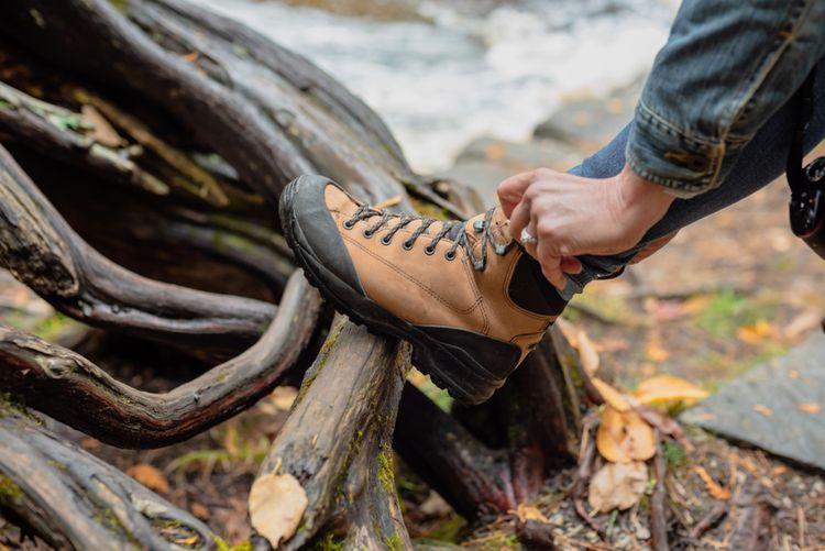 Dámská kotníková turistická obuv