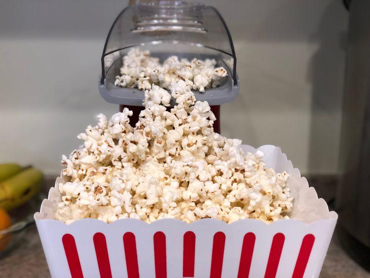 Výroba domácího popcornu