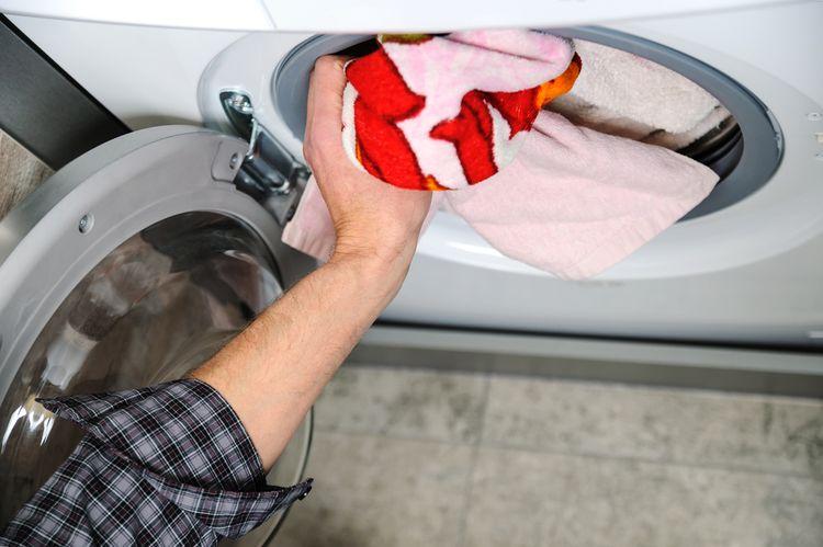 Vkládání prádla do sušičky