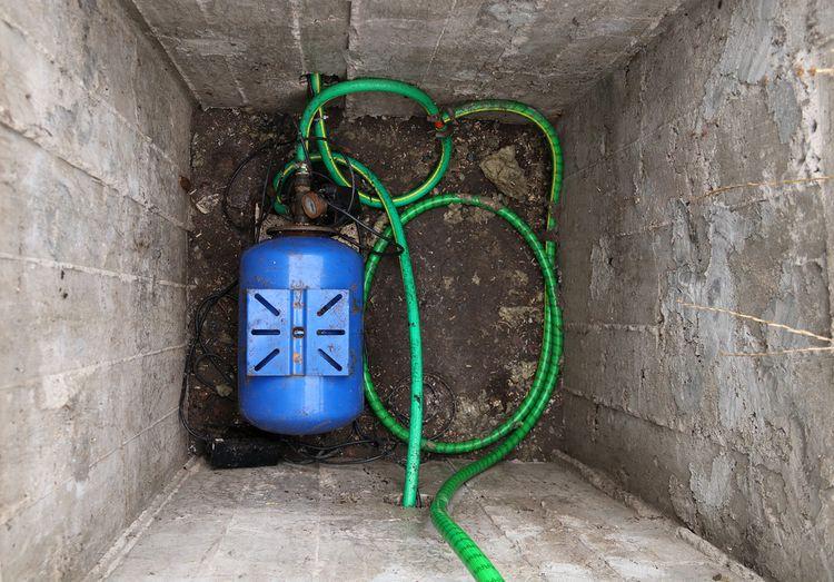 Čerpání vody pomocí domácí vodárny