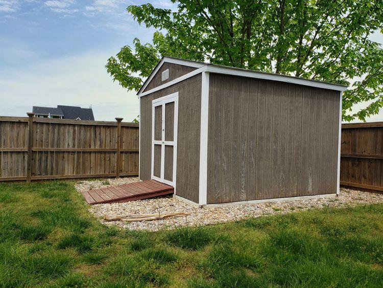 Zahradní domek na betonovém podkladu